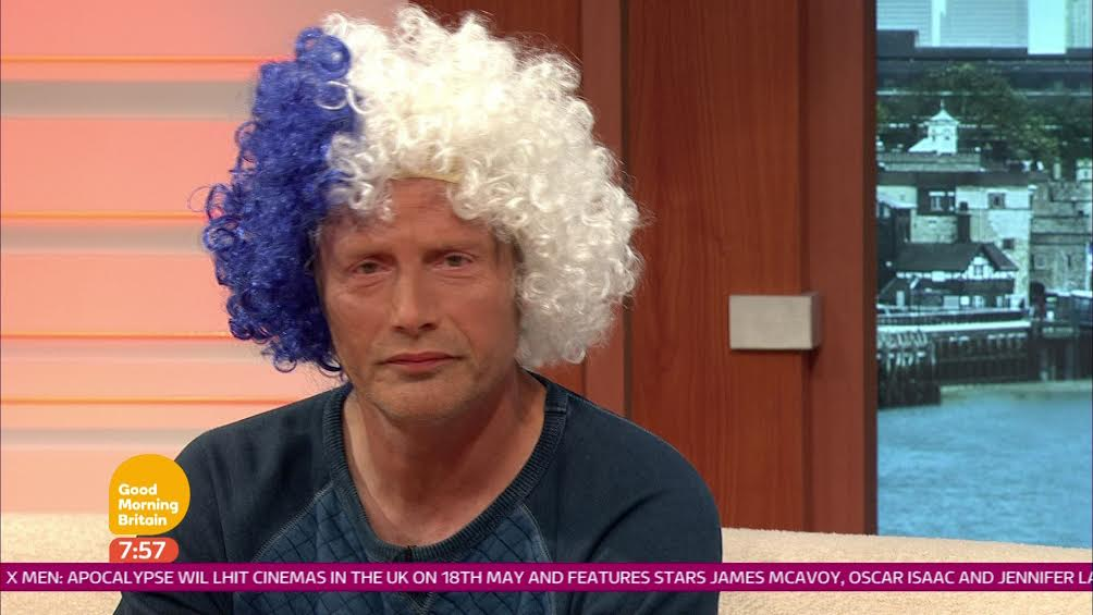 Did we really just get a Bond villain to wear a Leicester City wig?! #MadsMikkelsen