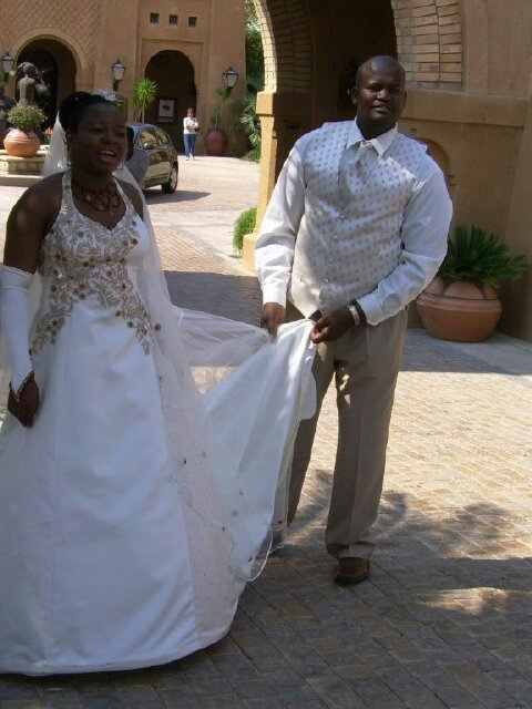 Lamola wedding dress