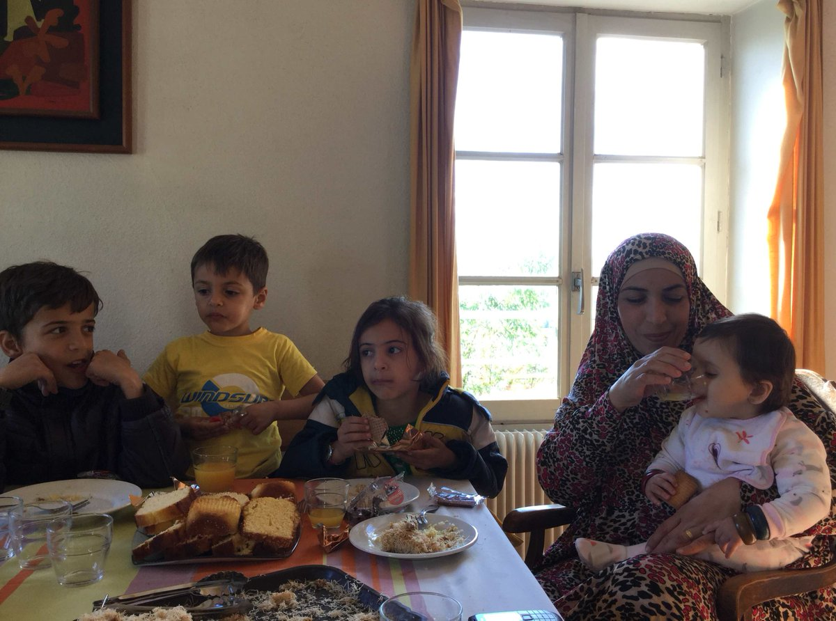 Thanks to @taize & @francediplo_EN for the generous welcome of our beloved art teacher from #Syria and his family!