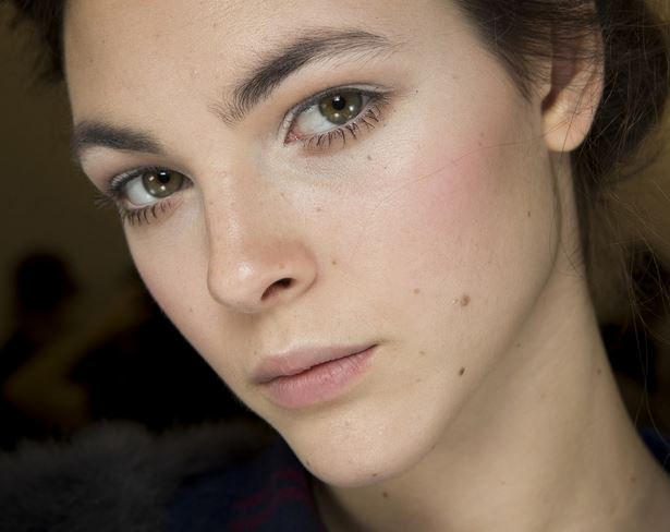 Create lengthened, separated, defined lashes with Vogue's top 10 mascaras: https://t.co/fT0CjAProT https://t.co/pZpcHXlOu2