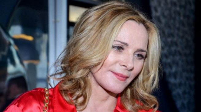 Kim Cattrall has spoken about how her father's death contributed to her insomnia https://t.co/VZbYuituud https://t.co/n3N67P5bGd