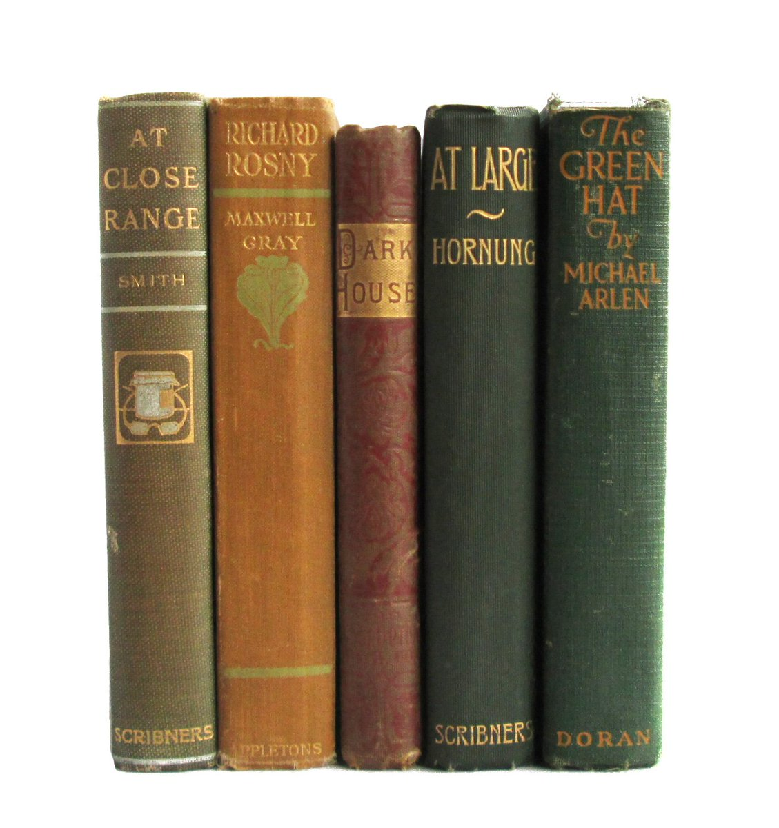 I'm giving away these 10 decorative antiquarian books this week:  https://t.co/cjEnjyLOM7 To enter, reply or RT... https://t.co/BHCjcgIDBm