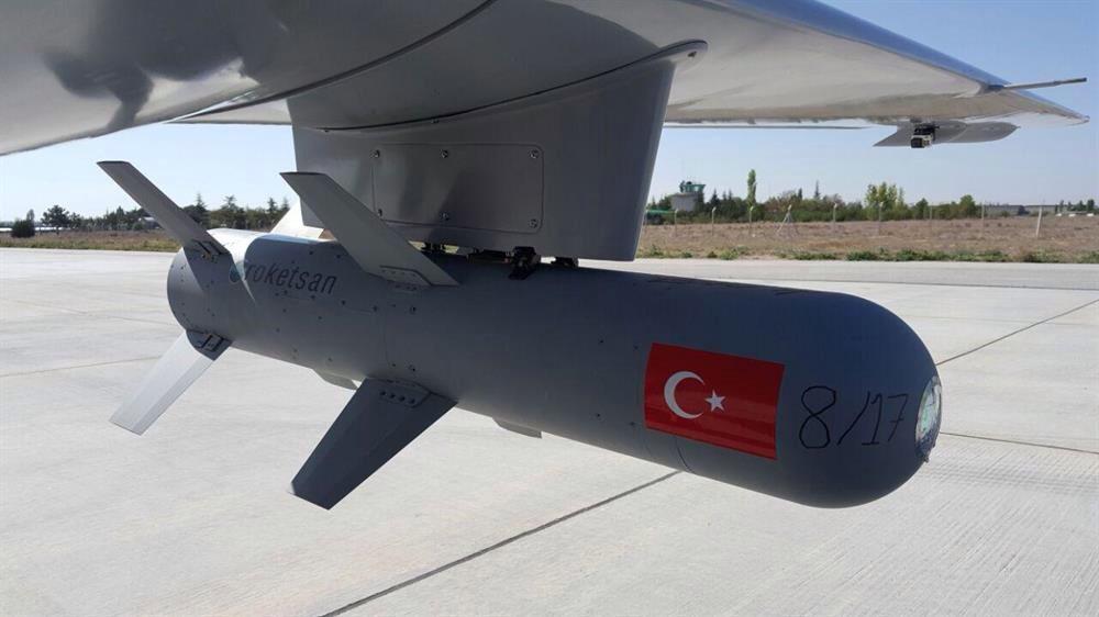 الطائره المسيره التركيه الجديده Bayraktar TB2 ChORf5hWkAANoni