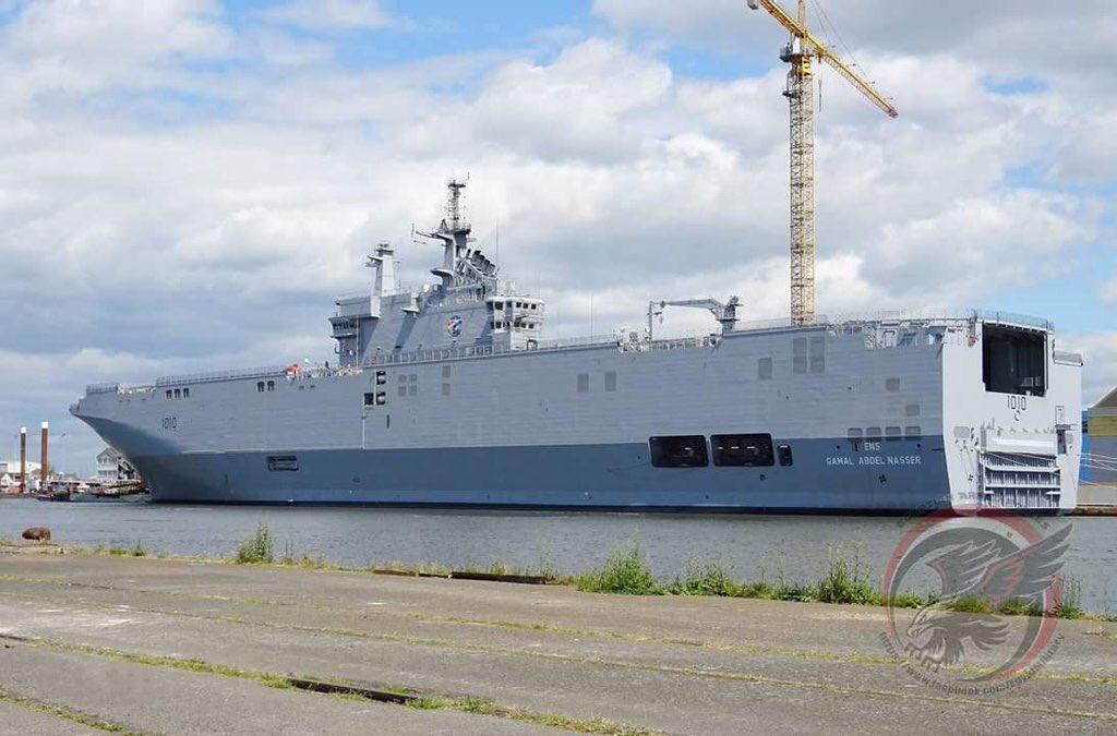 فرنسا تسلم مصر حاملتى الطائرات «الميسترال» قبل الصيف المقبل ChOVC4QWgAAH_F4