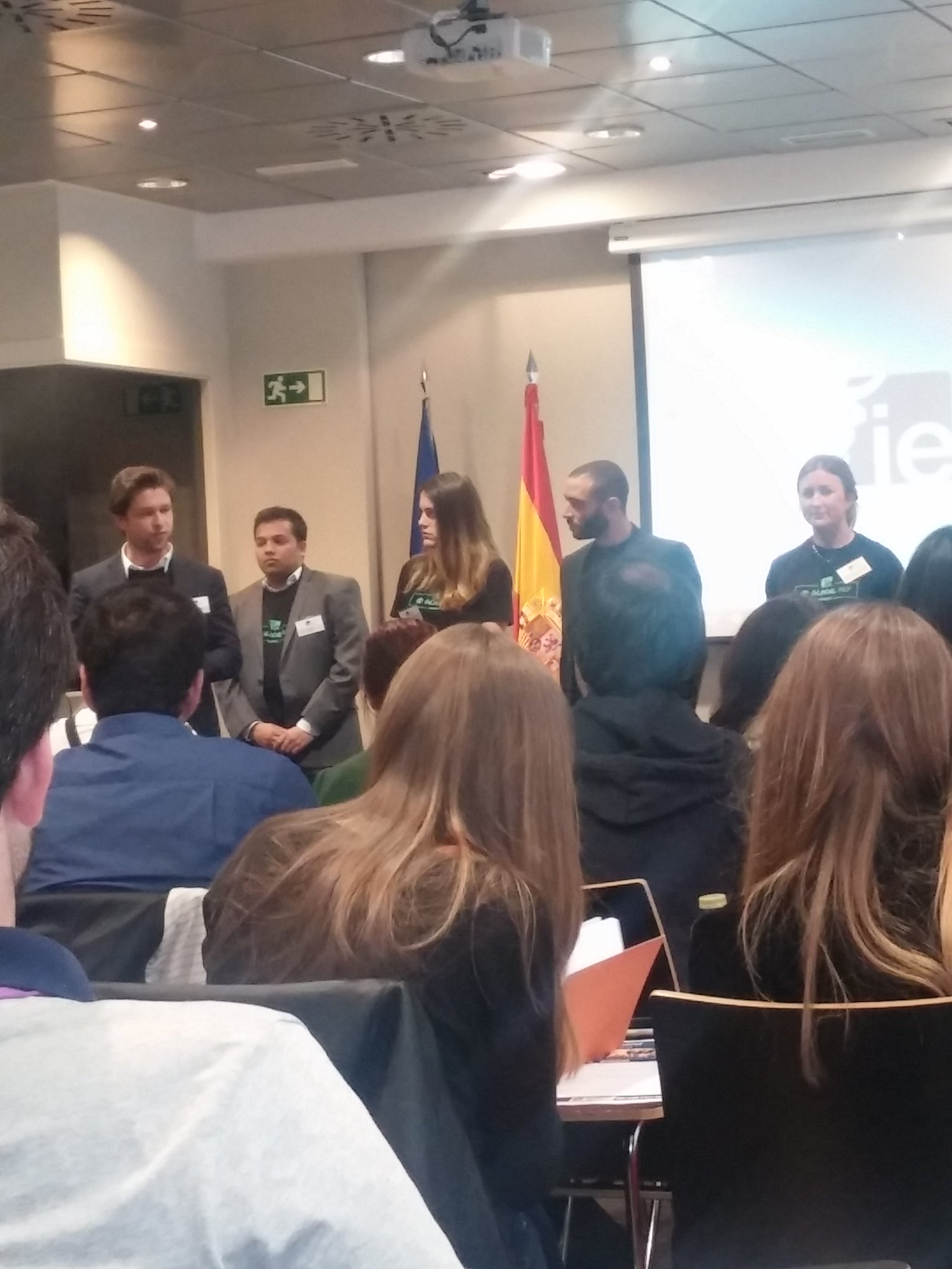 Michail, one of our current #ieMBD students, speaking to #IEWeekend participants about #LifeAtIE! https://t.co/iXrwAFm7lL
