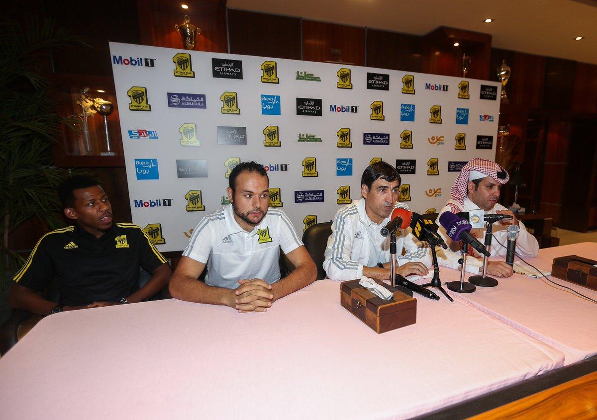 المركزالإعلامي:المؤتمر الصحفي لمدرب الفريق فيكتور بيتوركا واللاعب محمد أبوسبعان