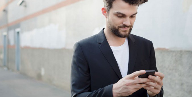 We show you how to use your smartphone to upgrade your personal style: https://t.co/gEoHQNbdUS https://t.co/KMgATPZOjQ