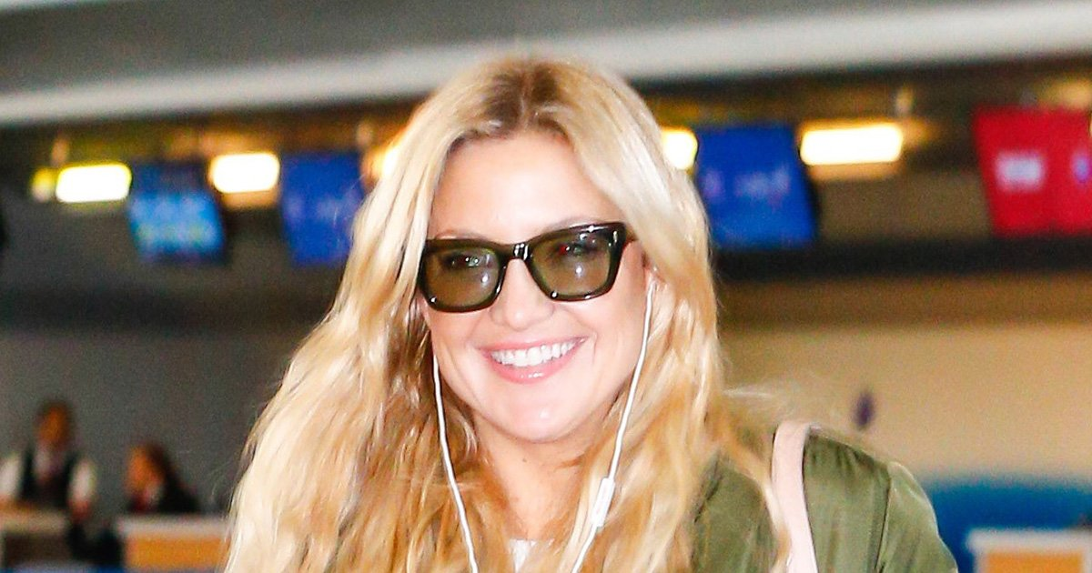 Kate Hudson wore the least practical (and most fun!) airport shoes:  https://t.co/EK9wg2dsGW https://t.co/PYeHTMlPuU
