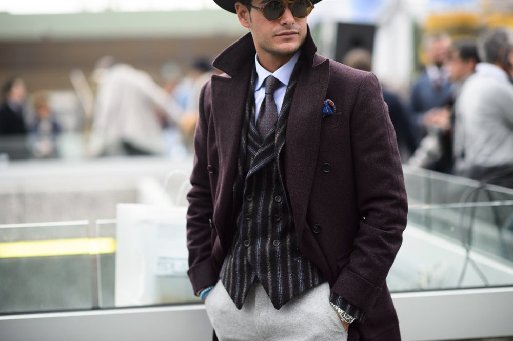 Check out our complete guide to different waistcoat styles & master the trend. https://t.co/vEwIFTIwMw https://t.co/jmNCdurO2I