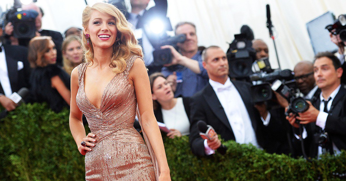 Gear up for the #MetGala with a look back at 100+ red-carpet looks from parties past: https://t.co/0SgcQFi5GF https://t.co/AY149Fh6yo