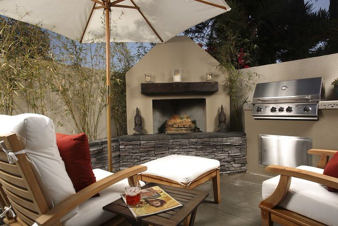 3 Musts to Make the Perfect Backyard for Entertaining