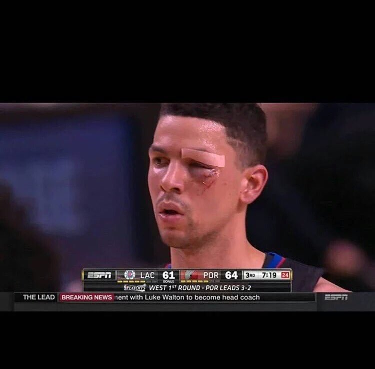 "Austin Rivers looks at the bench and says ""Cut me Mick"". 21 pts. Cookin. Tied at 85 https://t.co/BDUJZvqq45"