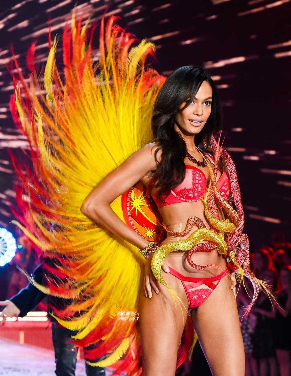 d688da8beee Victoria s Secret Argentina. on Twitter