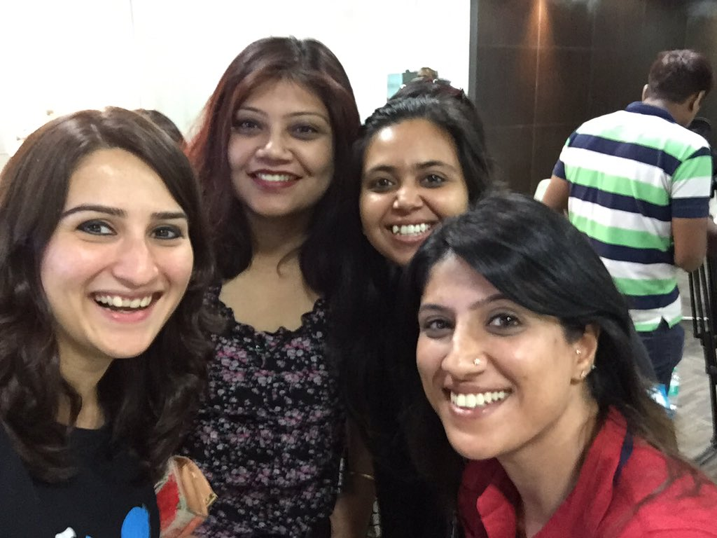 Forget trolls! How do we grow our business using Twitter? Bengaluru ladies to the point at #PositionOfStrength today https://t.co/RkW0R0DQE4