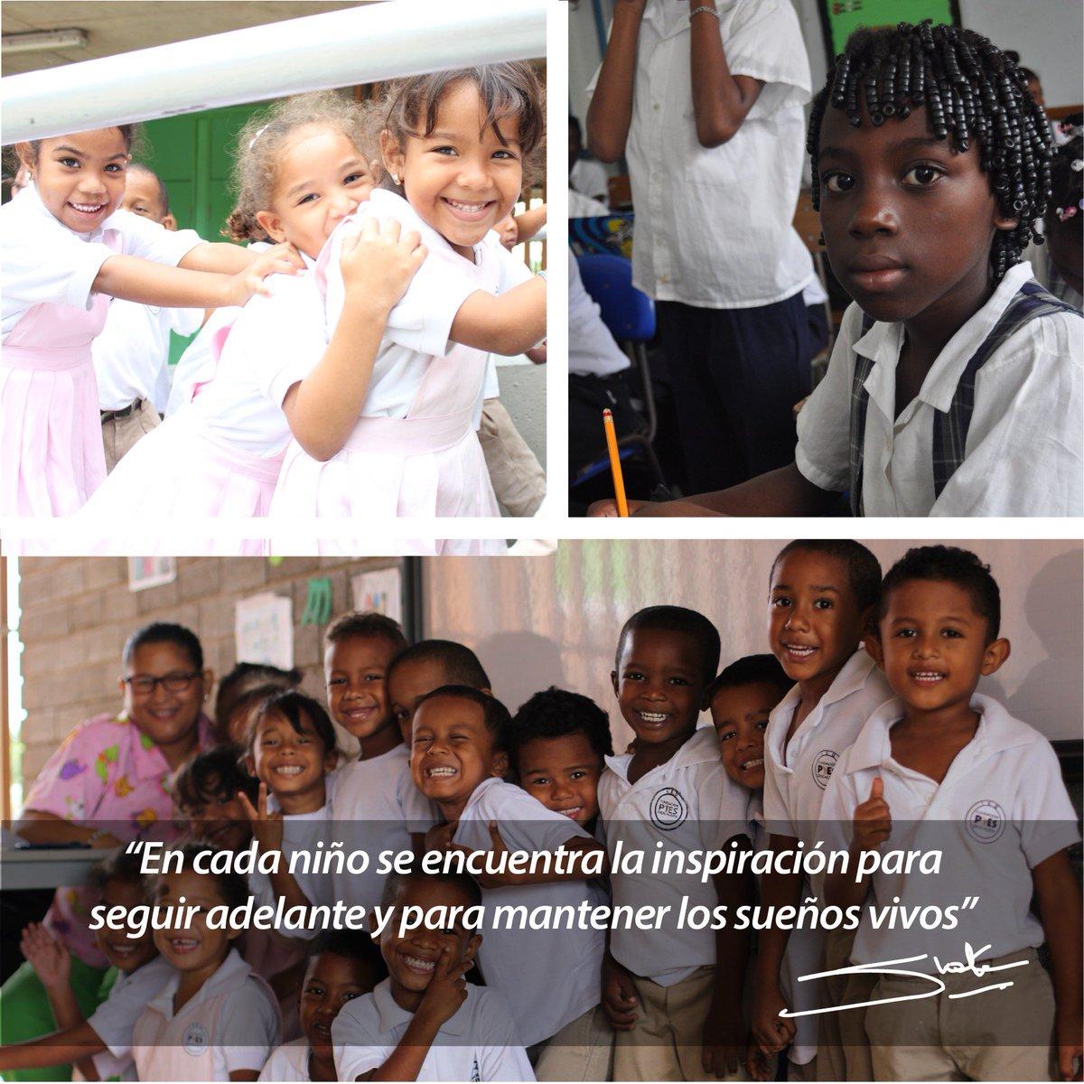 #FelizDiaDelNiño La educación es la escalera que nos permite alcanzar nuestros sueños! https://t.co/tzjMmBtqly