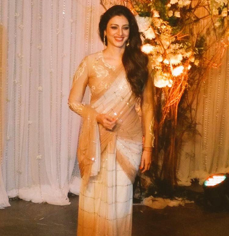 Tabu,bipasha,karan Singh grover,wedding,reception,image