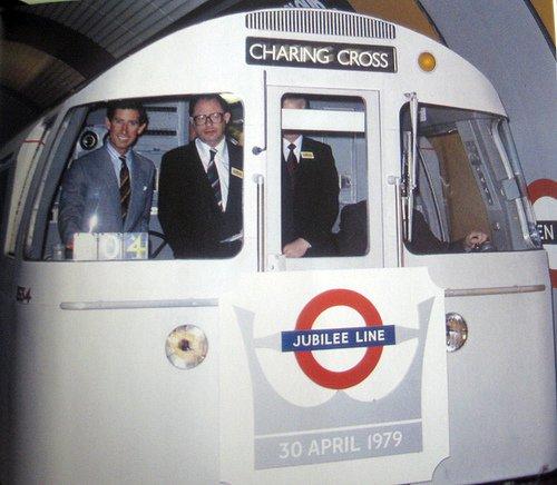ChUiOb7W0AA8dTX - Jubilee Line 40th Anniversary