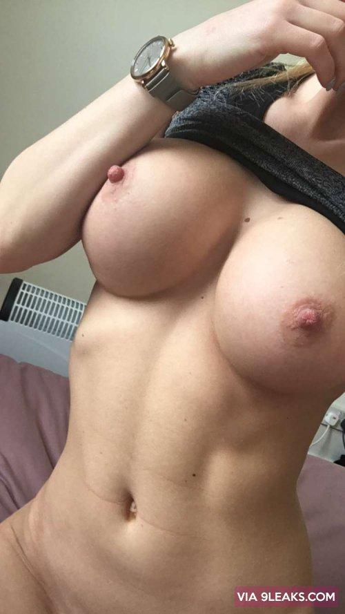 Snapchat story sex add me on snapchat jennyferrisbabe 4