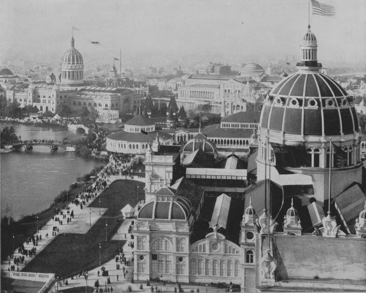 The 1893 #WorldsFair opened to a quarter-million people on this date. We can see our house from here! https://t.co/Hbs6pYJlLM
