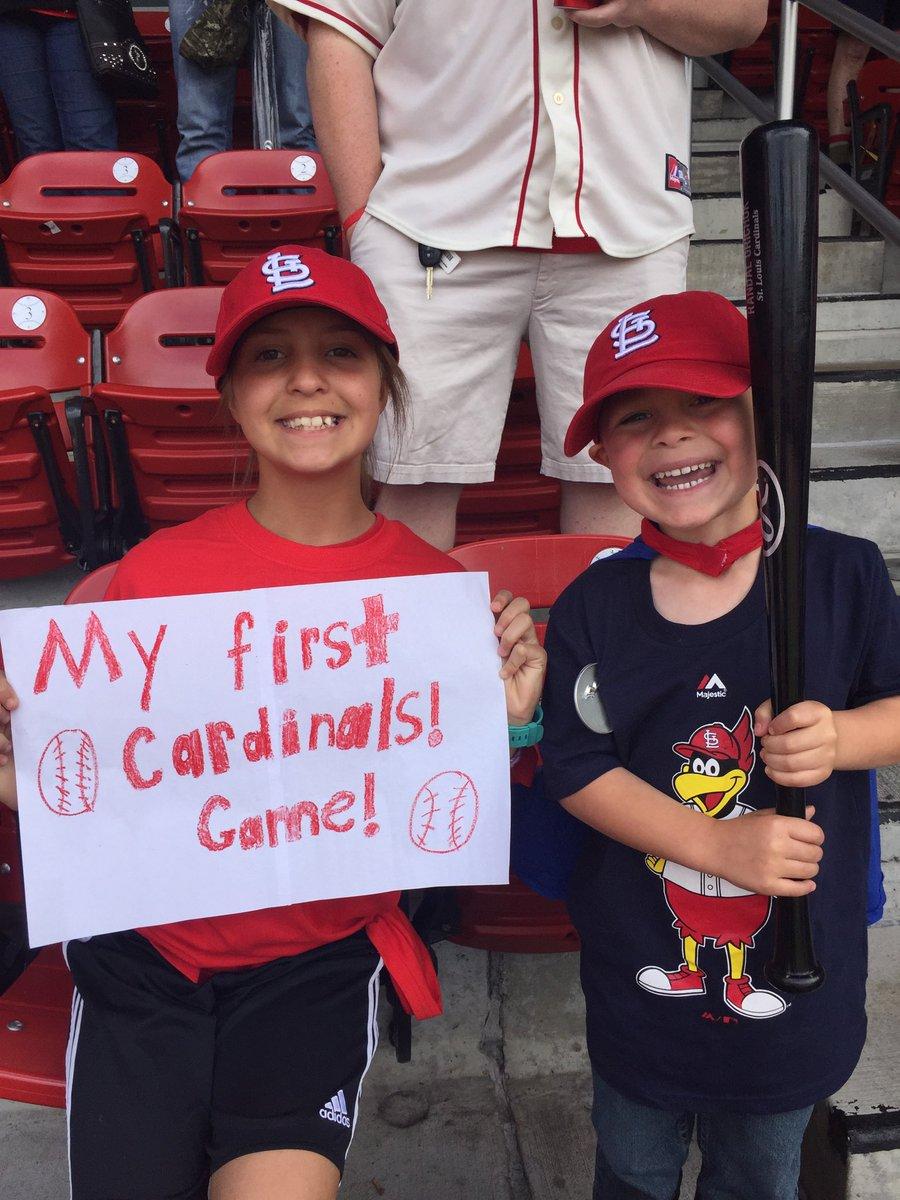 7db4e7b5640 St. Louis Cardinals on Twitter