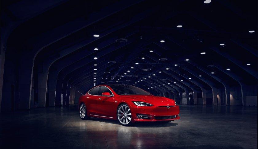 Tesla slaps down Model 3 speculators, cancelling excess reservations https://t.co/49Q43DMiFK https://t.co/JJIHSpxtOf