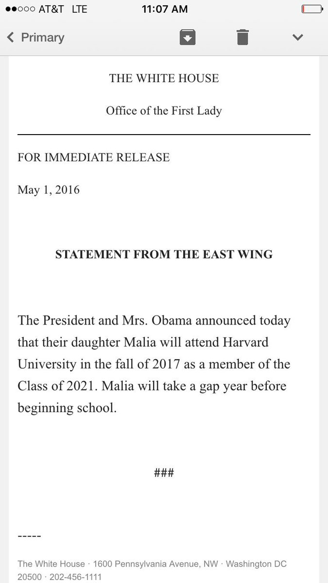 New: White House announces that Malia Obama will attend Harvard for college.