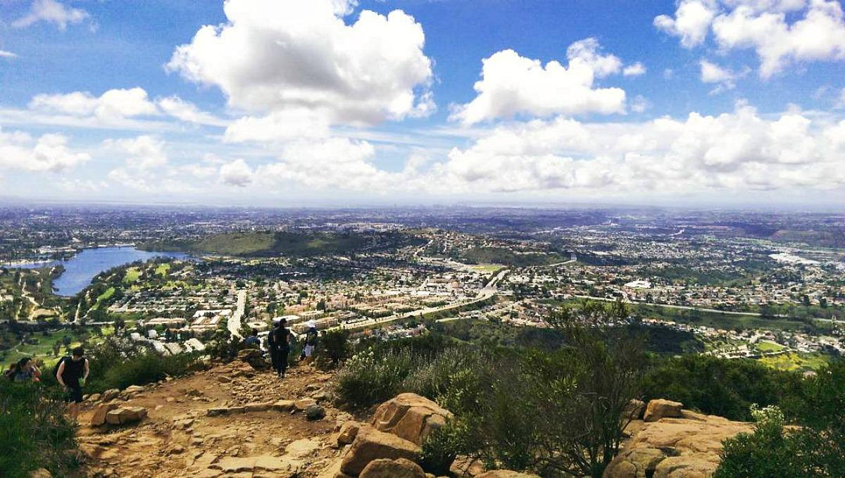 Make the 1.5-mile climb up Cowles Mountain for sweeping SanDiego vistas! : @rebeccaroman10 10ThingsMV