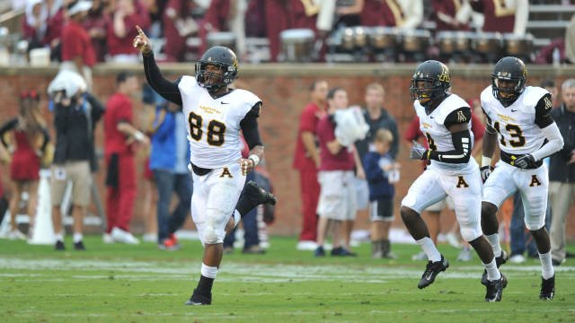 App State's John Law will lead one of the nation's top defenses in 2016: https://t.co/4Hb88D58ol #appstatefootball https://t.co/bO9ZqfnB3o