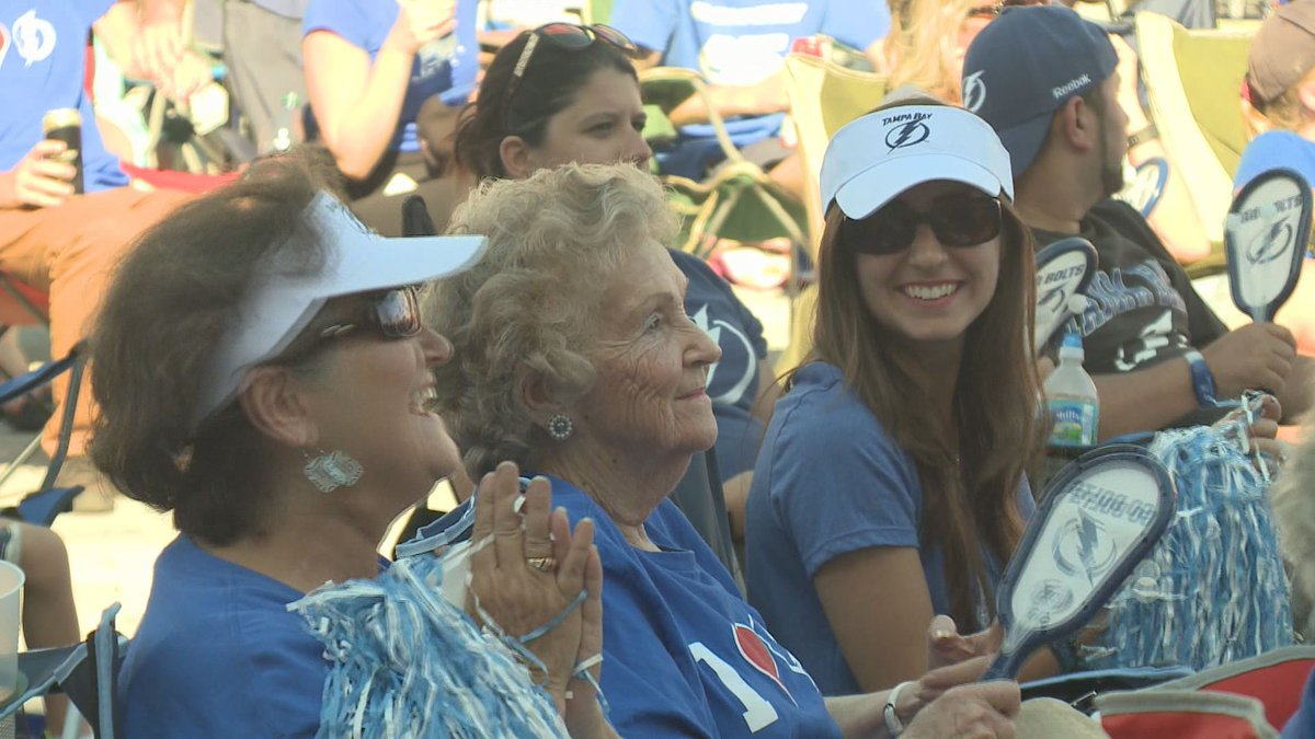 Mother's Day was electric at Lightning game