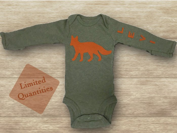 A little boy in California is going to look mighty cute in this outfit being made for him! https://t.co/vhzxnpvtup https://t.co/1841OQPoHz