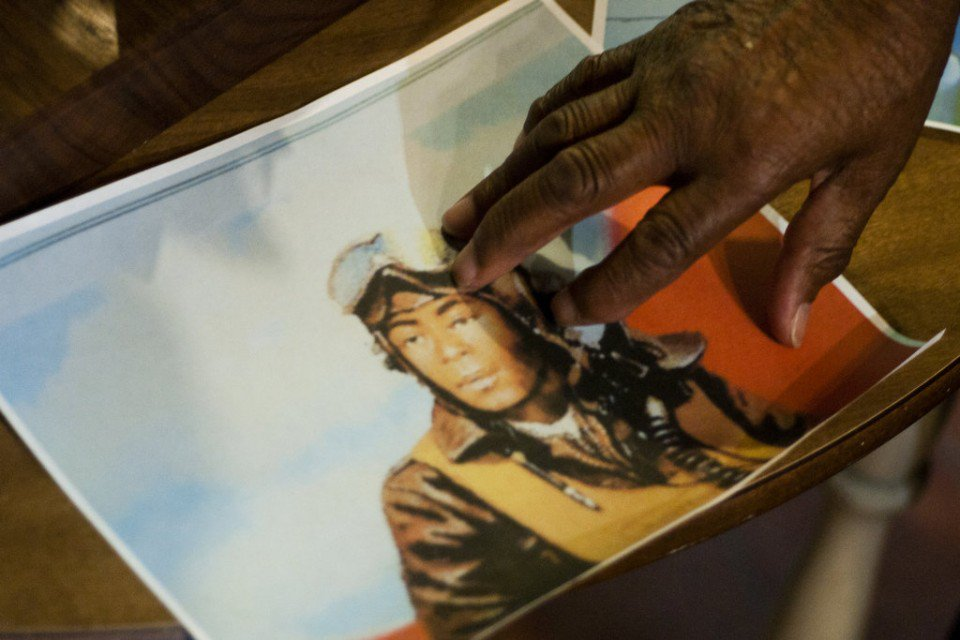 Tuskegee Airman, 94, awarded Bronze Star at Detroit NAACP dinner WWII