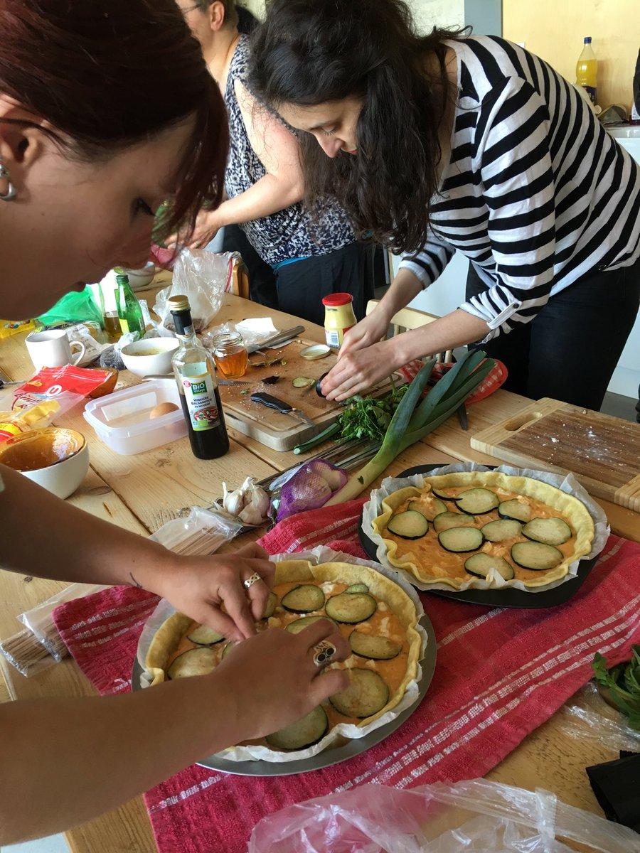 Suite de #zbisv2 2 jours au vert. De la créativité aussi en cuisine ! Étrange ce qu'on fait avec des légumes ! https://t.co/rQRGppbTDV