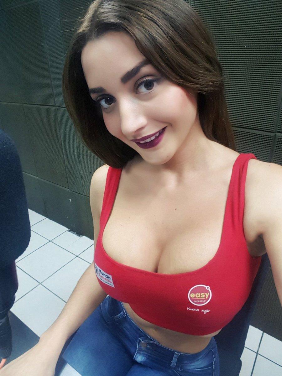 Andrea camila pendeja de 18 se abre el ano virgen para la inspeccion - 3 2