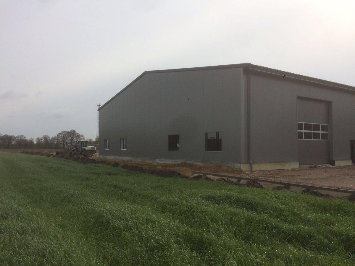 Bauunternehmen Lingen v d brink montage on die freitragende stahlhalle für