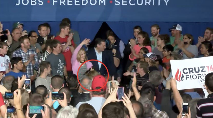 Ouch! Carly Fiorina fall down VIDEO
