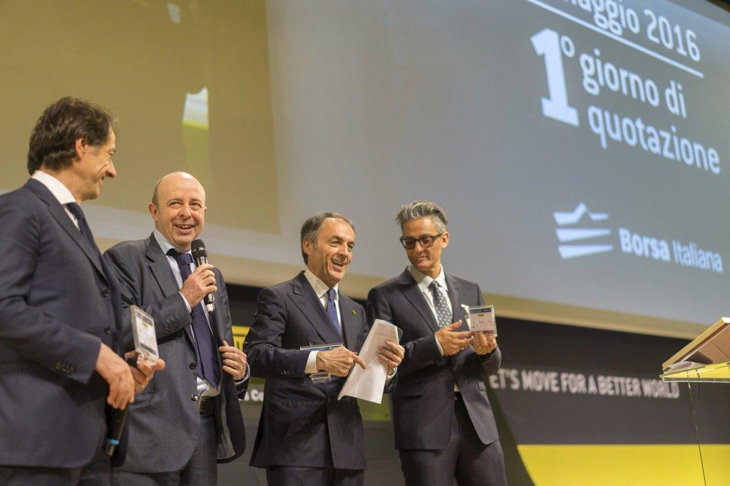 Il nostro amministratore delegato Raffaele Jerusalmi con @NerioAlessandri e @Fiorello per celebrare @Technogym https://t.co/PYeehgDHmR