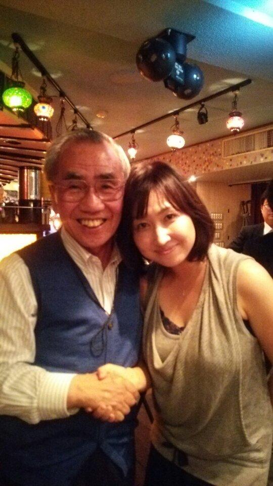 なにわオーケストラルウインズ、最高だった~~!!日本各地のオーケストラで素晴らしい作品を奏であげている名手たちによる吹奏楽。極上のフレーズとニュアンスで、また新たな発見と喜びがありました。写真は久々に会えた丸ちゃんと♡ https://t.co/KkbkfpfkpI