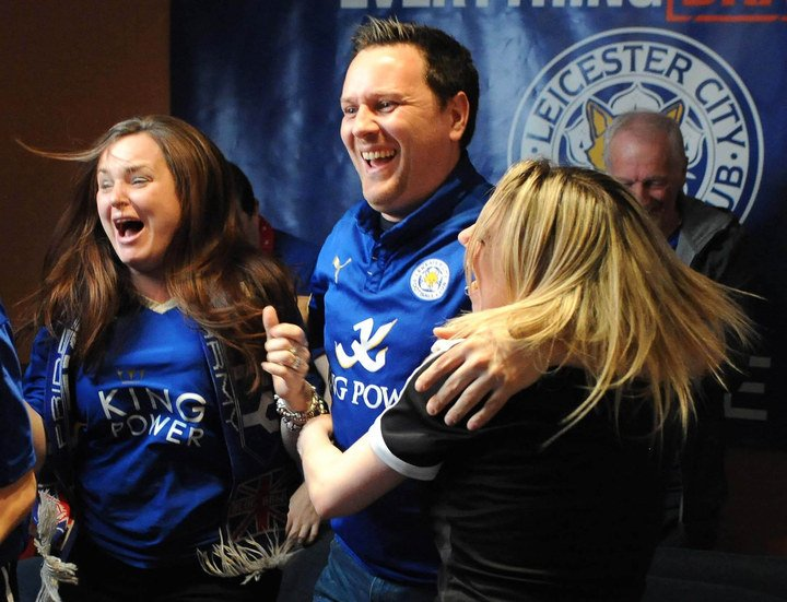 Once-in-a-lifetime, find out who'll present @LCFC with the BPL trophy: https://t.co/5ry5GVX2HE via @BuzzFeedUK #LCFC https://t.co/lF9bzuUyMx