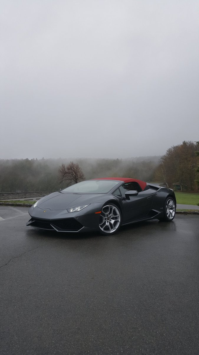 Misty mountain @Lamborghini filming this morning for @roadshow. https://t.co/NQ4eAn4zLB