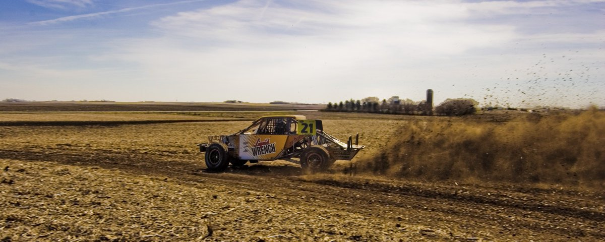 Another day closer to Dallas, we cant wait for the season to start! @camreimers21 @TORCOffRoad https://t.co/PoUDdnPjnr
