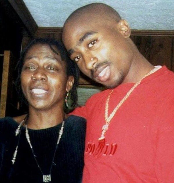 RIP Afeni Shakur, your son is awaiting you with open arms!! https://t.co/4n0uCp3tLM