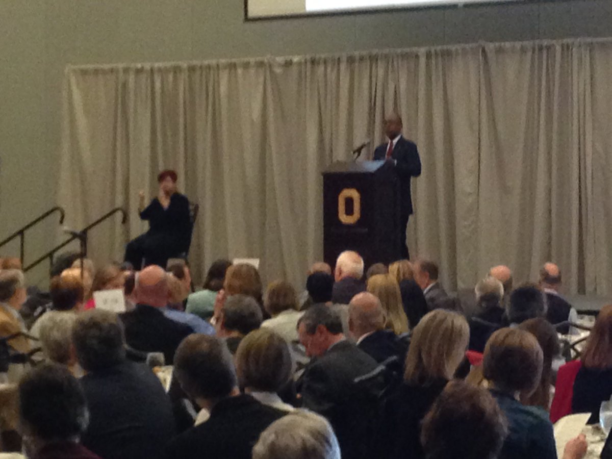 Great to hear @OSUPrezDrake introduce President Janet Napolitano at the Patterson Lecture #osuengages https://t.co/4AE9RtQvHN