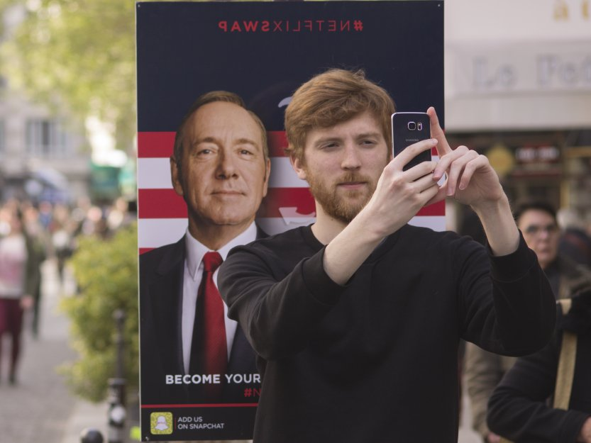 Netflix's campaign lets people face-swap with characters from its biggest shows https://t.co/5hrW26HF0t https://t.co/0FzSBWsYSs