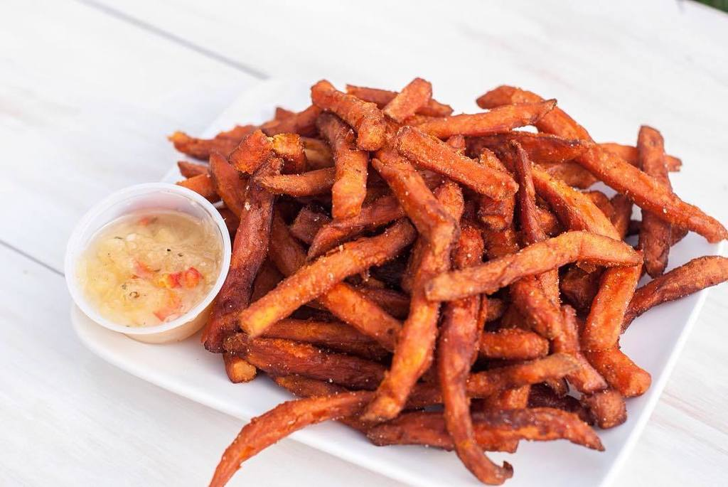 May is #celiacawareness Month. Did you know we have dedicated gluten free friers? No cross… https://t.co/1uAkwbP0HB https://t.co/0mUC1h6f3l