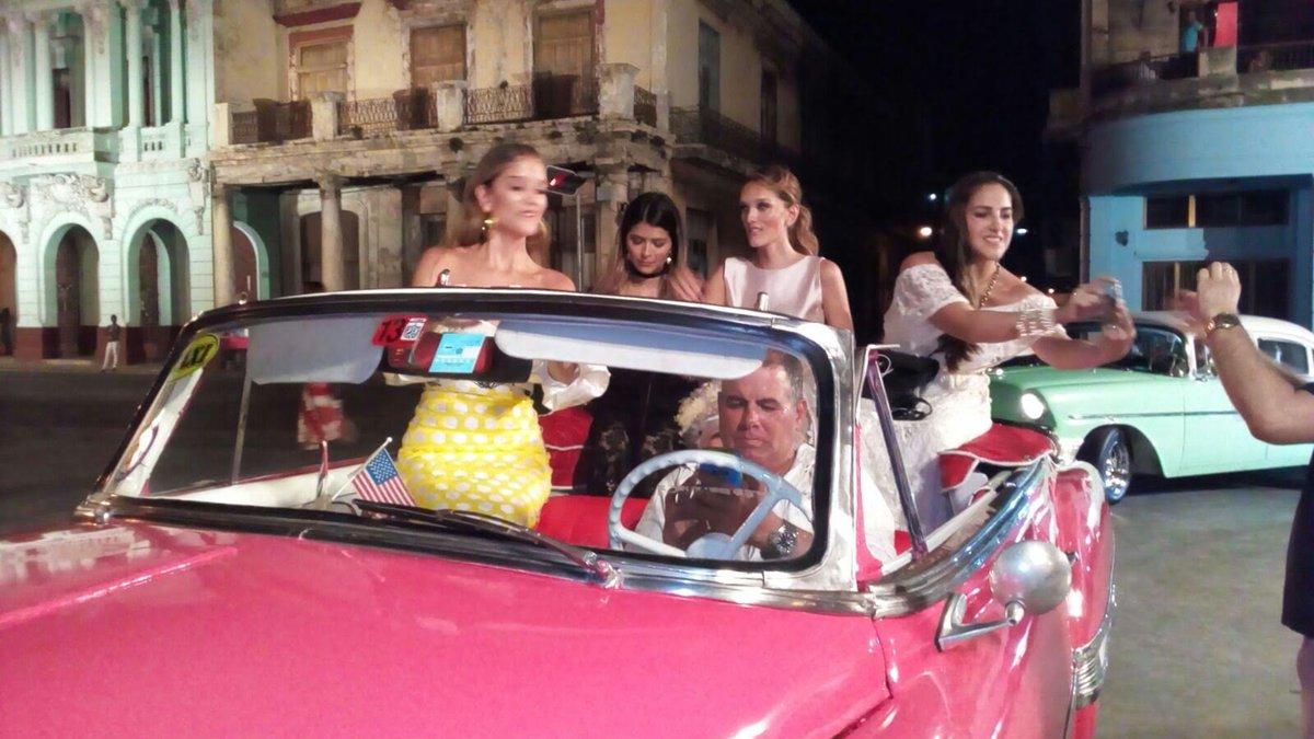 Cuba La moda le gana la batalla a la ideología y la alta costura se 57a2fd74cbd