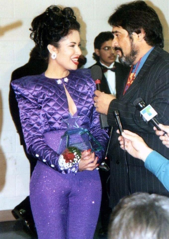 Dreaming Of Selena On Twitter This Beautiful Stunning Purple