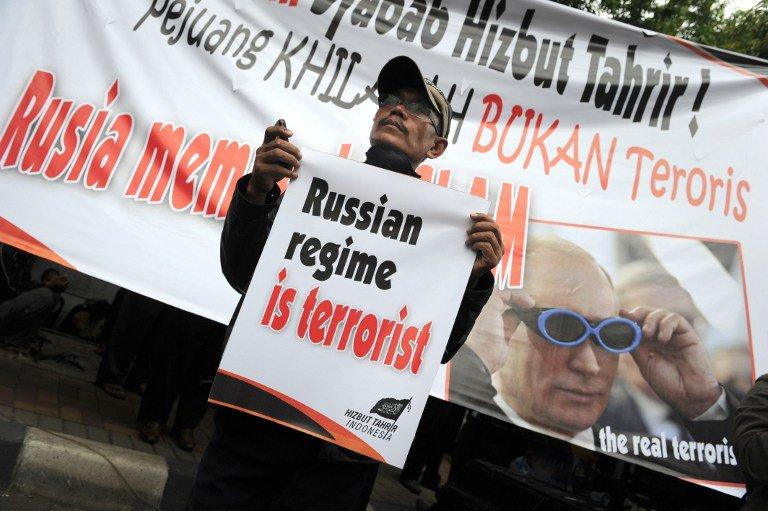 Et en Russie ! - Page 39 ChmB9ZAWUAEKc7_