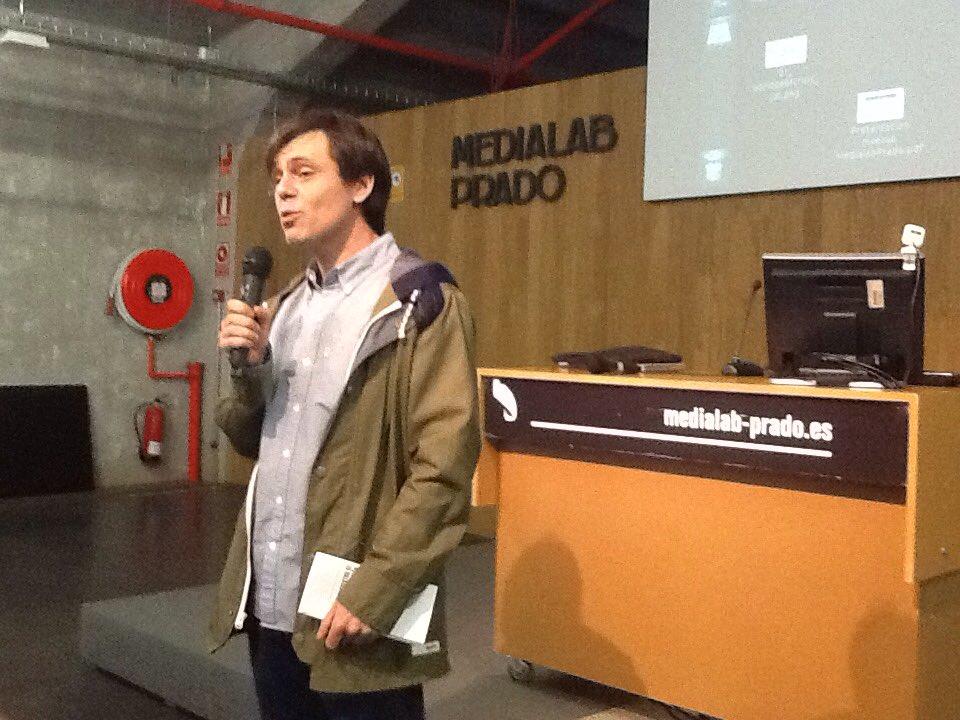 @antoniogarcia presentando el 4 encuentro de @sociolordinaria #ordinaria https://t.co/EiiXXLy3LP