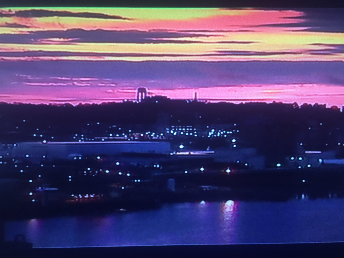 Heck of a sunrisethismorning on our traffic cameras, happy Wednesday!