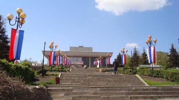 Со стелы в центре Харькова украли герб Украины, - Нацполиция - Цензор.НЕТ 7485